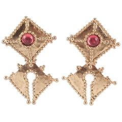 Barbaric style gilt and pink paste clip on earrings, Oscar de la Renta, 1980s