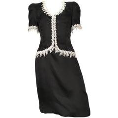 Carolina Herrera 1990s Black Silk Evening Cocktail Dress Size 8.