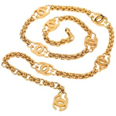 Gucci Vintage 1985 Gold Logo Chain Link Belt