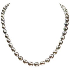 Freshwater Gray Pearl Necklace with 14Kt Gold Clasp