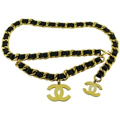 Chanel Vintage 1993 Iconic Gold Toned Chain and Leather Belt with Large CC Logos