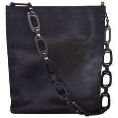 Gucci Black Leather Handbag with Geometric Chains Shoulder Strap
