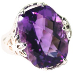 Unique Vintage Looking 9.5 Carat Amethyst Fashion Ring