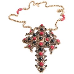 MARGUERITE DE VALOIS Cross Necklace in Black and Red Molten Glass