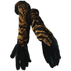 Yves Saint Laurent Rive Guache Vintage 1970's Velvet Animal Print Gloves NWT