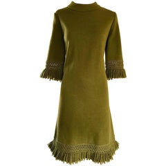 1960s Hunter Forest Green 3/4 Sleeves Fringe Hem Chic Vintage 60s Wool Dress