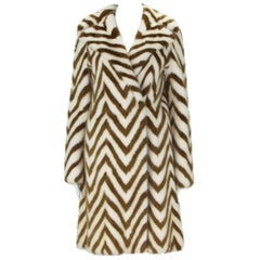 Museum in Italy F/W 2000 Tom Ford for Gucci Mink Chevron Pattern Coat It size 38
