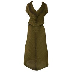 Vintage ISSEY MIYAKE Metallic Green Pleats Dress