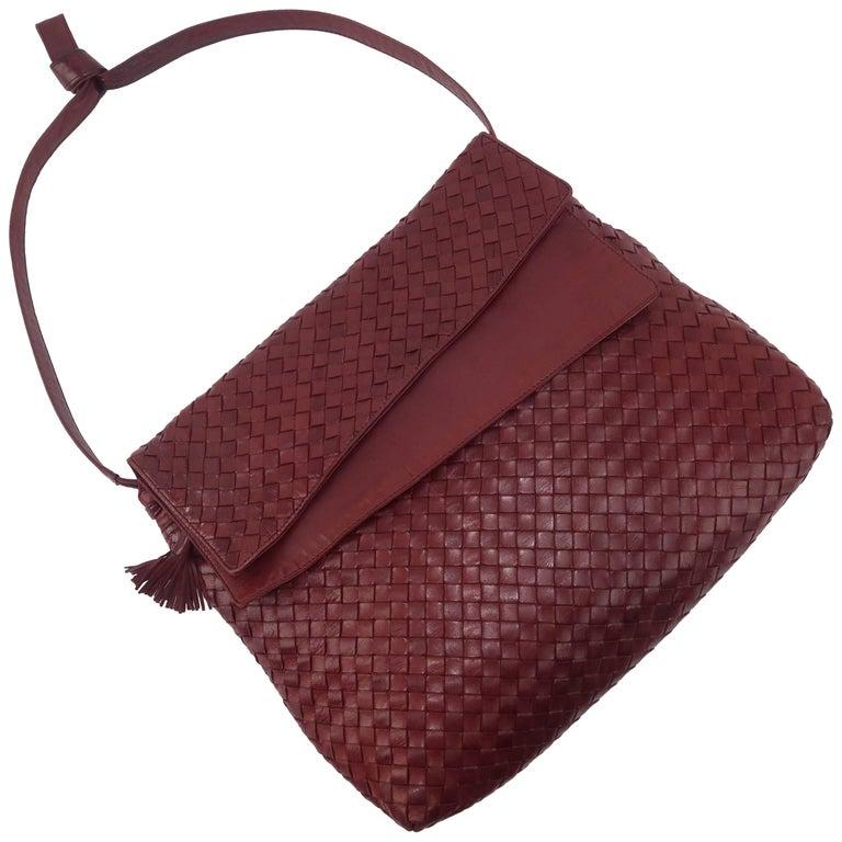 Vintage Bottega Veneta Burgundy Intrecciato Leather Shoulder Handbag For Sale