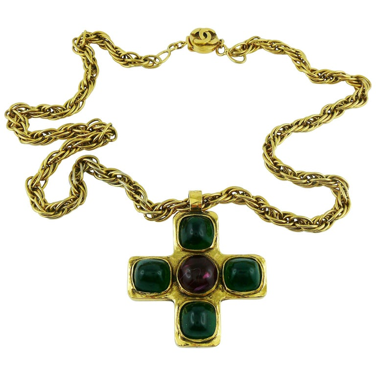 Chanel Vintage Iconic 1980s Gripoix Byzantine Cross Pendant Necklace For Sale