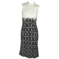 Black & Cream Oscar de la Renta Sheath Dress