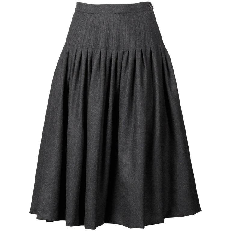 0c81de622c Valentino Vintage Gray Wool + Cashmere Pleated Fit + Flare Midi Skirt For  Sale