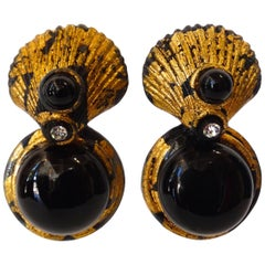 1980s Gold Gilt Clamshell Statement Earrings