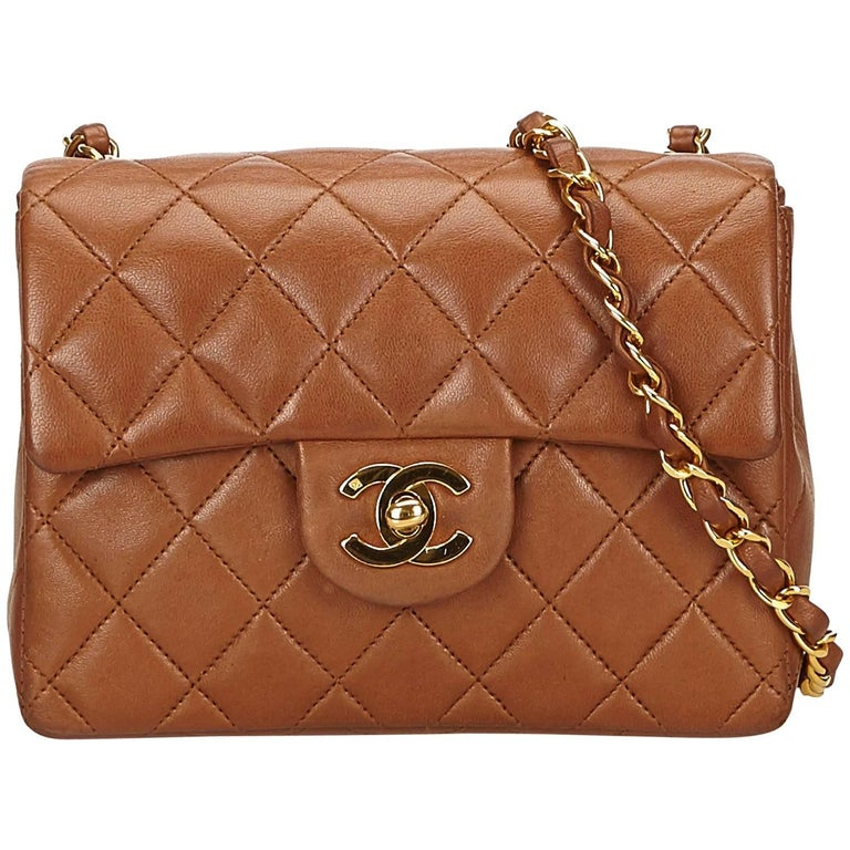 aa058d34ed10 Chanel Brown Mini Matelasse Quilted Lambskin Leather flap shoulder bag For  Sale. - Vintage 90s ...