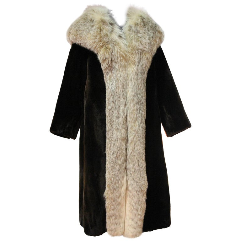 1960s Herbert's Sheared Beaver Coat with Plush Lynx Collar and Trim For Sale