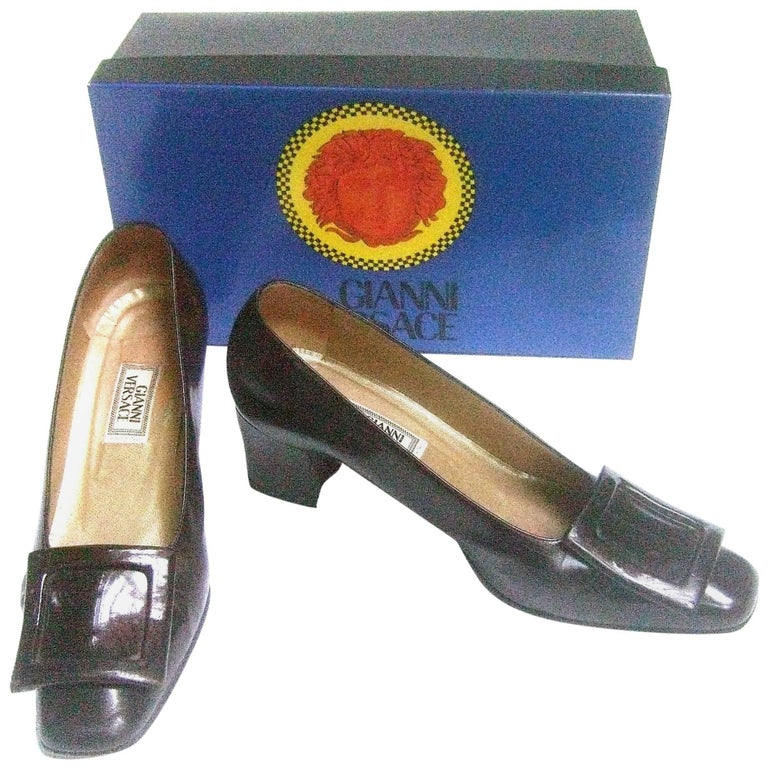 Versace Chocolate Brown Leather Pumps in Versace Box Size 39 c 1990
