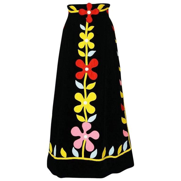1970s Malcolm Starr Bright Flower Felt Applique on Velvet Skirt