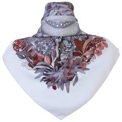Gorgeous Hermes Silk Scarf Au Coeur De La Vie Aline Honore White Brown 90 cm
