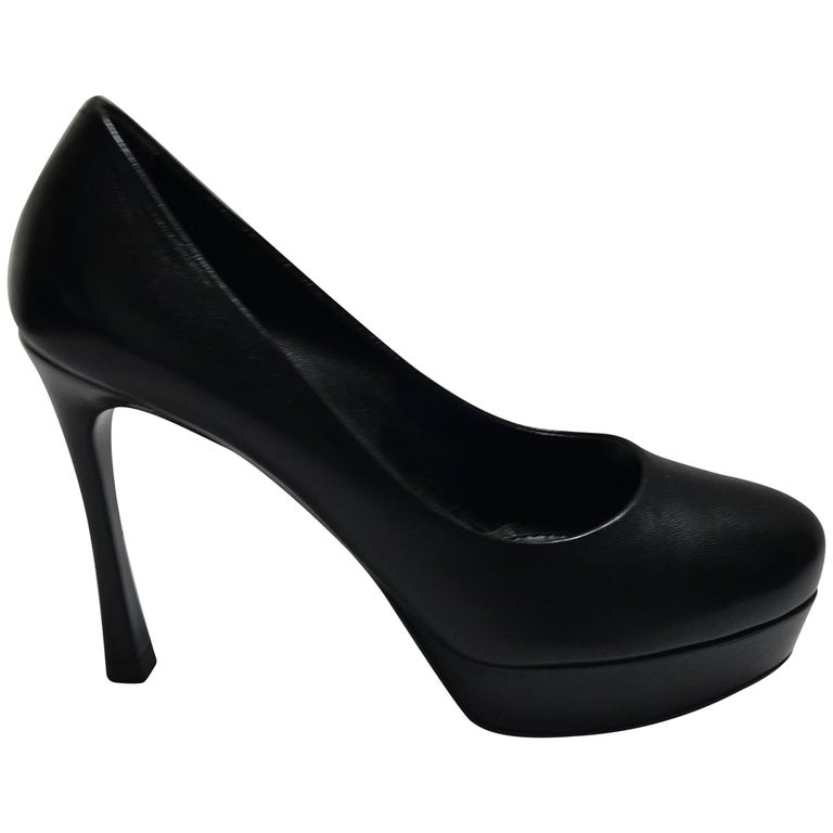 4d47b9b444f Yves Saint Laurent Platform Pump For Sale at 1stdibs