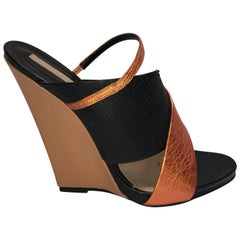 Narciso Rodriguez Wedge