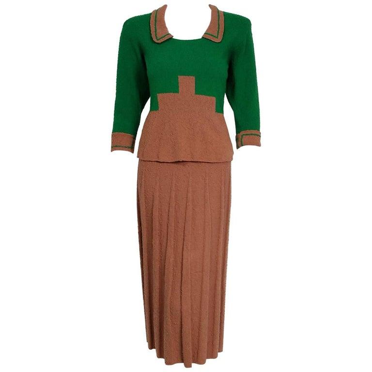 1940's Emerald Green & Toffee Deco Motif Wool-Knit Pleated Skirt Sweater Dress
