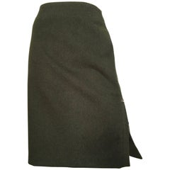 Carolina Herrera for Saks Olive Brushed Wool Skirt Size 10 Made in Italy.