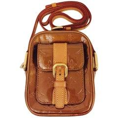 Luxurious Louis Vuitton Bronze Vernis Christie Crossbody  Bag
