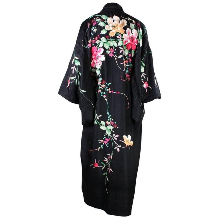 1920's Kimono Robe Black Silk with Embroidery 1