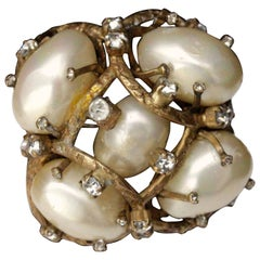 1955-1965s Chanel vintage brooch made of pearly beads and rhinestones