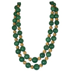 Adventurine and Ribbed Gold Bead Necklace