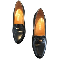 Gucci Black Leather Heeled Loafers Size 37.1/2 B.