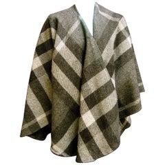 Burberry Stylish Gray Plaid Wool Shawl Wrap