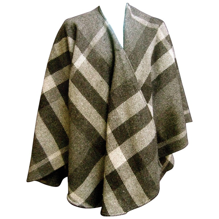 Burberry Stylish Gray Plaid Wool Shawl Wrap