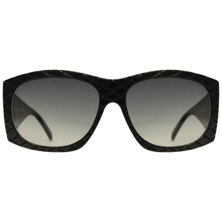 1980's Helena Rubinstein Sunglasses HR 22