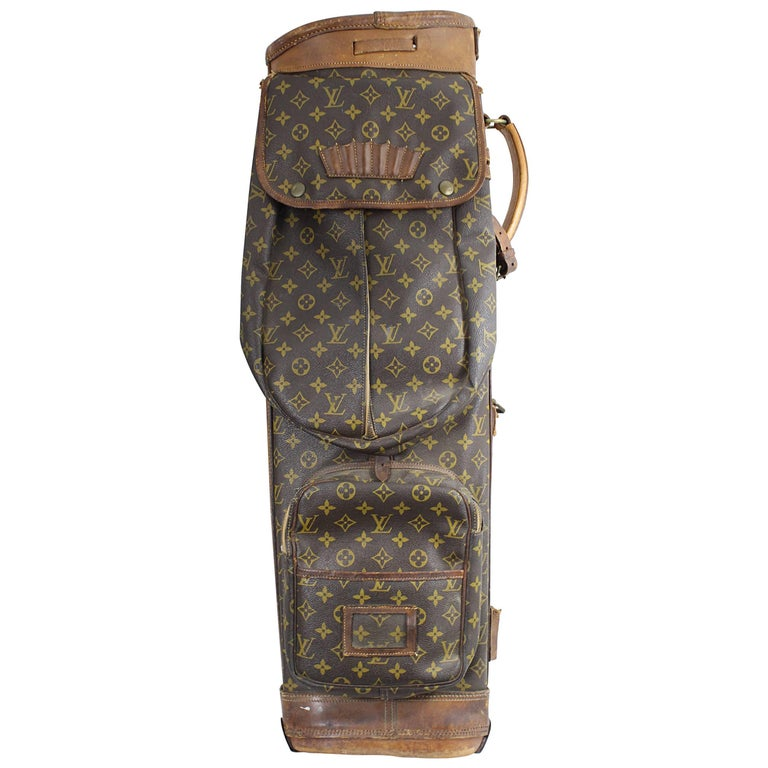 Really Used Vintage Louis Vuitton Golf Club Bag in Monogram Canvas.  For Sale