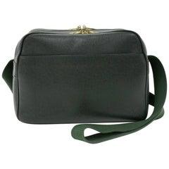 Louis Vuitton Reporter Green Taiga Leather Medium Shoulder Bag