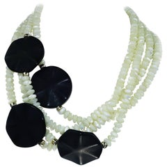 Gemjunky Mother of Pearl Necklace with Black Discs