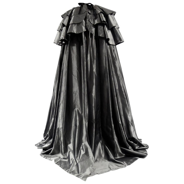Christian Dior Haute Couture Cape Number 15592 For Sale
