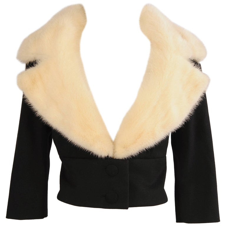 Jean Patou Numbered Haute Couture Cashmere and White Mink Jacket, Mid 20th C