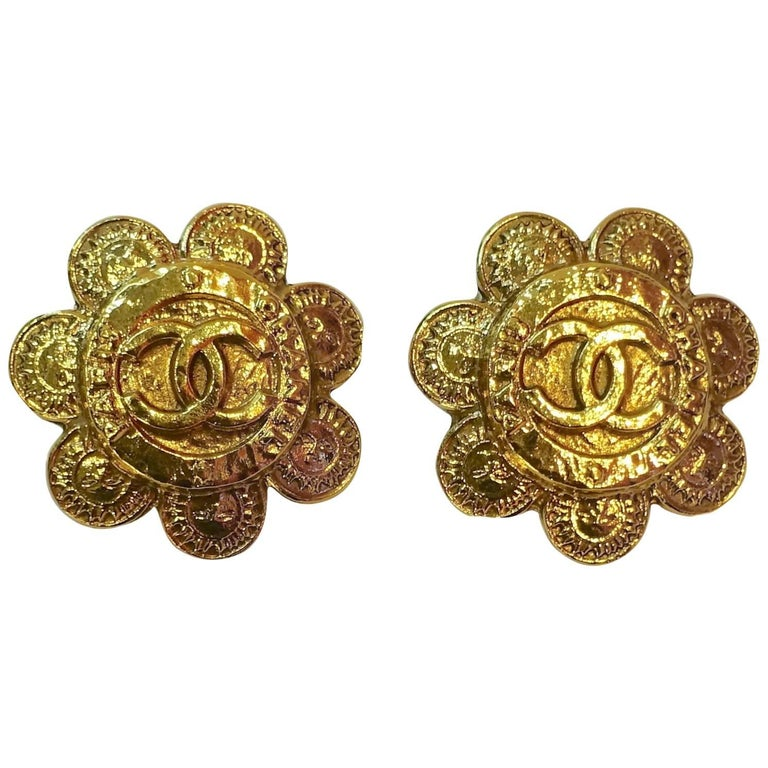Vintage Chanel Season 28 Floral Double Cs Earrings For Sale
