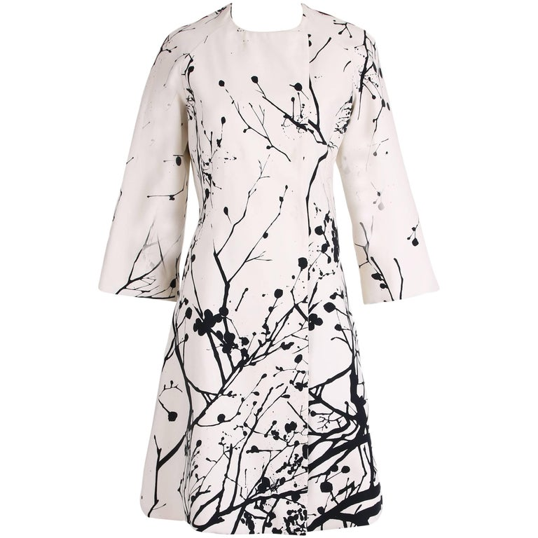Tuleh Black & White Abstract Splatter Print Coat with 3/4 Sleeves