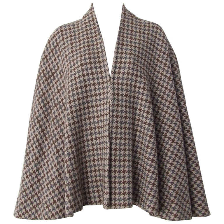 Hermes Vintage Mantle Poncho Coat Cape Wrap Houndstooth Pattern Wool