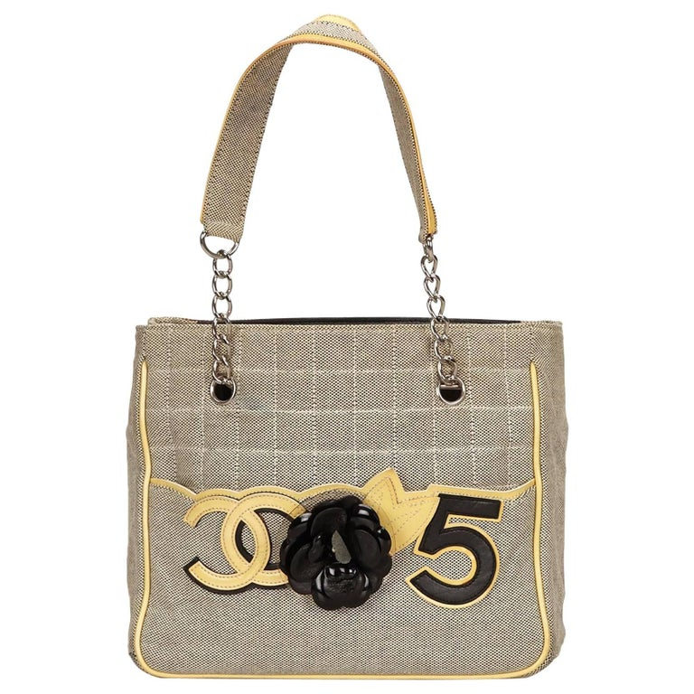 73c3f2fead69 Chanel Gray Camellia CC No 5 Tote Bag For Sale at 1stdibs
