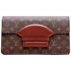 Louis Vuitton Vintage Clutch in Brown Monogram Coated Canvas and Leather