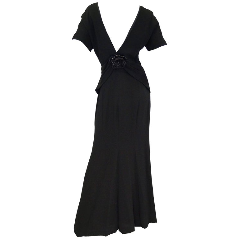 1990s NWT Carolina Herrera Black Plunge Back Evening Dress 10