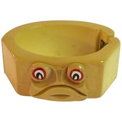 1930s Whimsical Cream Bakelite Frog Hinged Bracelet
