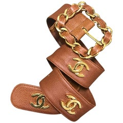 Chanel Vintage brown caviar leather belt with golden chain buckle and CC marks