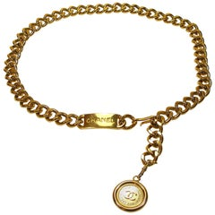 Chanel Gold Vintage CC Rue Cambon Chain Belt