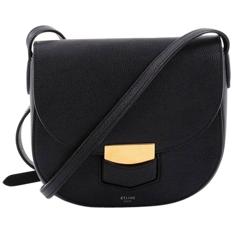 6f553eb4c29c Celine Trotteur Crossbody Bag Grainy Leather Small at 1stdibs