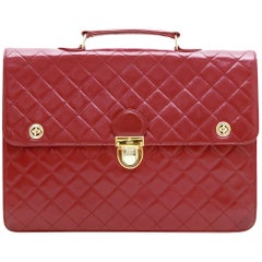 CHANEL Vintage Schoolbag in Red Quilted Lambskin leather